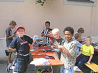 Bad Reichenhall Kids contruct eagerly on their Solarbboats